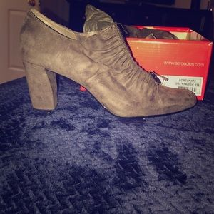 Aerosoles Fortunate Grey Fabric Ankle Booties